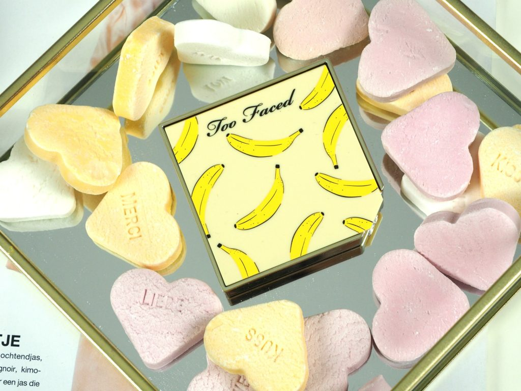 too faced it´s bananas brightening setting powder