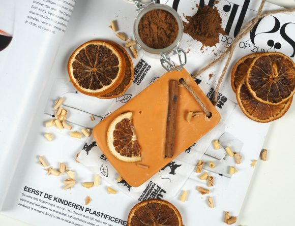 lush cinnamon orange bath