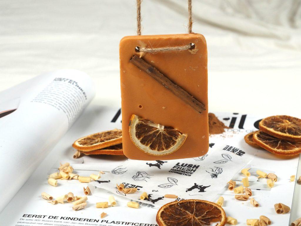 lush cinnamon orange bath