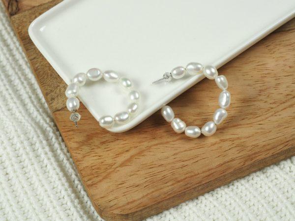 Pearl oorbellen